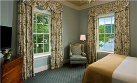 Hotel Cooperstown Room - Village Suite
