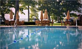 Hotel Cooperstown - Heated Outdoor Pool