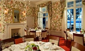 Hotel Cooperstown Dining - Lake Room