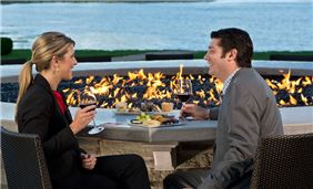Hotel Cooperstown Dining - Fire Bar